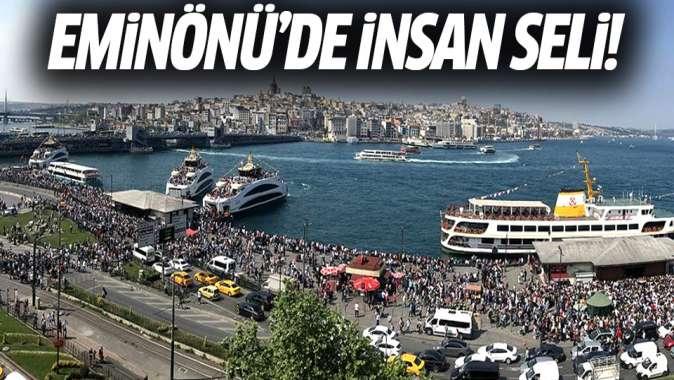 Eminönü'de insan seli! Ücretsiz şehir hatlarına yoğun ilgi