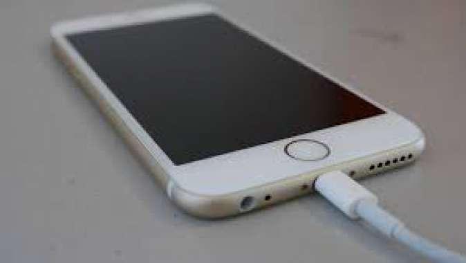 iPhone'lara en iyi şarj ömrü sunan iOS sürümü