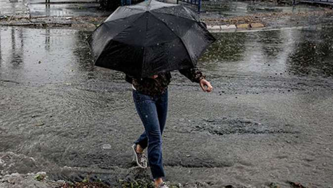 İstanbul'da fırtına, dolu, sağanak ve yıldırım