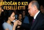 Cumhurbaşkanı Tayyip Erdoğan Aksaray'da düşen kızı teselli etti