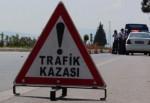 İşçi minibüsü yoldan çıktı: 1 ölü, 19 yaralı