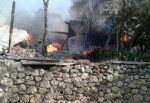 Köyde yangın dehşeti