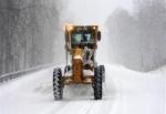 Nisanda kar yağışı ulaşımı aksattı