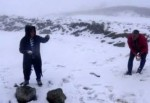 Tunceli'nin yüksek kesimlerine kar yağdı