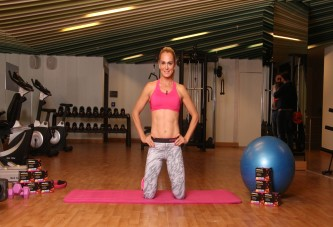 Ünlü Atlet Nagihan Karadere'den Kadınlara 34 beden olmanın sırrı